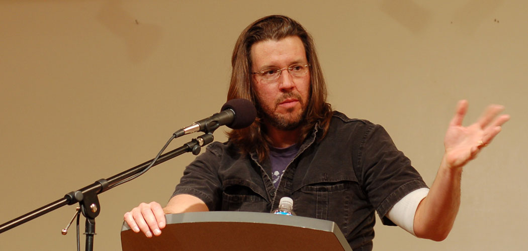 David Foster Wallace speaks at a Booksmith bookstore reading at San Francisco's All Saints Church in 2006. (Steve Rhodes)