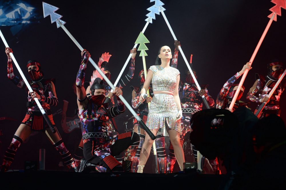 Many people pay to see Katy Perry in concert. Should Katy Perry pay the NFL to play in the Super Bowl halftime show? (David J. Hogan/Getty Images)
