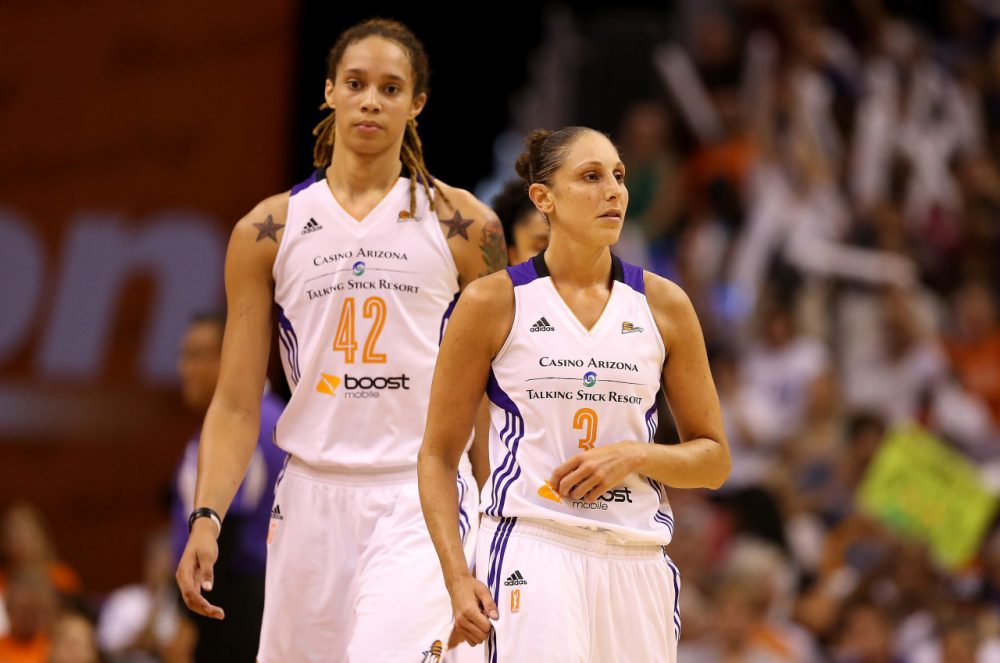 With Brittney Griner (left) and Diana Taurasi (right), the Phoenix Mercury are the heavy favorites in the WNBA Finals. (Christian Petersen/Getty Images)