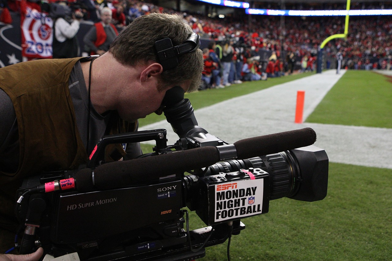 The FCC plans to take a close look at the NFL's controversial TV blackout rule. (Ronald Martinez/Getty Images)