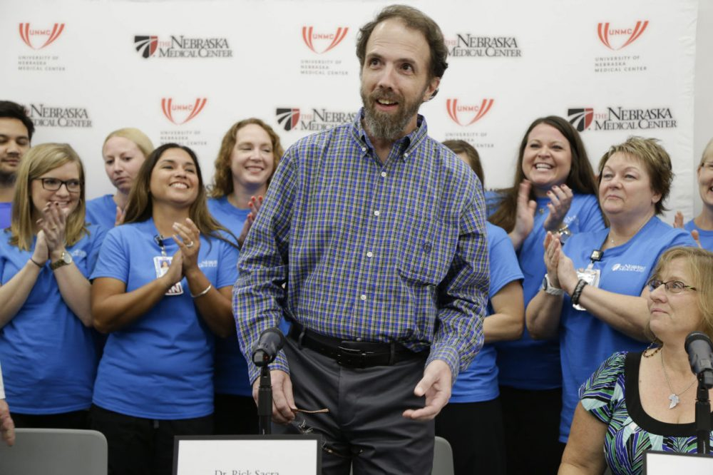Former Ebola patient Dr. Richard Sacra at a news conference just after he was cleared of the virus on Sept. 25, 2014. (Nati Harnik/AP)