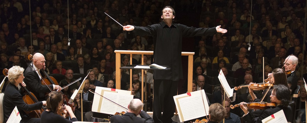 Andris Nelsons conducts the Boston Symphony Orchestra (Courtesy Marco Borggreve/BSO)