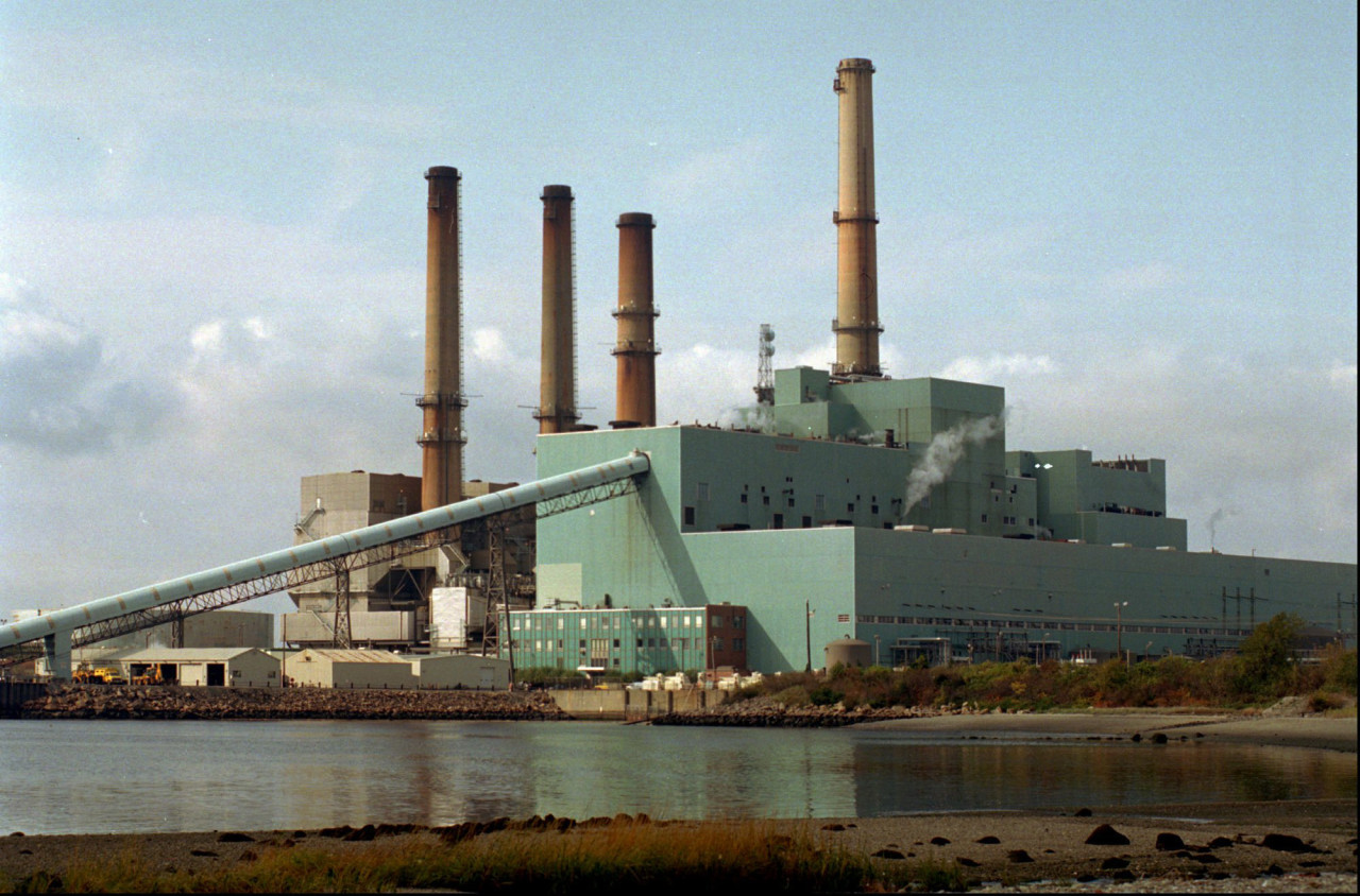 "The Brayton Point Power Station in Somerset, Mass., is shown in this Wednesday, Oct. 23, 1996 file photo. National Energy & Gas Transmission Inc., the company that owns the Brayton Point power plant, is appealing an order from the Environmental Protection Agency on water the plant takes in and releases back into Mount Hope Bay. ""We regret that there is no choice but to challenge some of the conclusions and requirements of the EPA permit for Brayton Point,"" the company's spokeswoman, Natalie Wymer, said Wednesday, Nov. 5, 2003. (AP)"