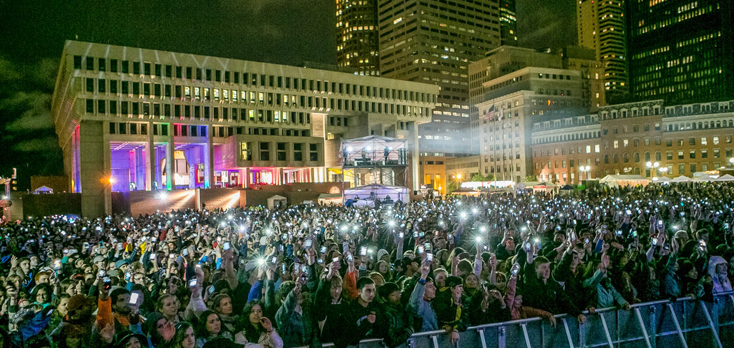 The Boston Calling concert at Boston City Hall Plaza in 2013. (Mike Diskin)