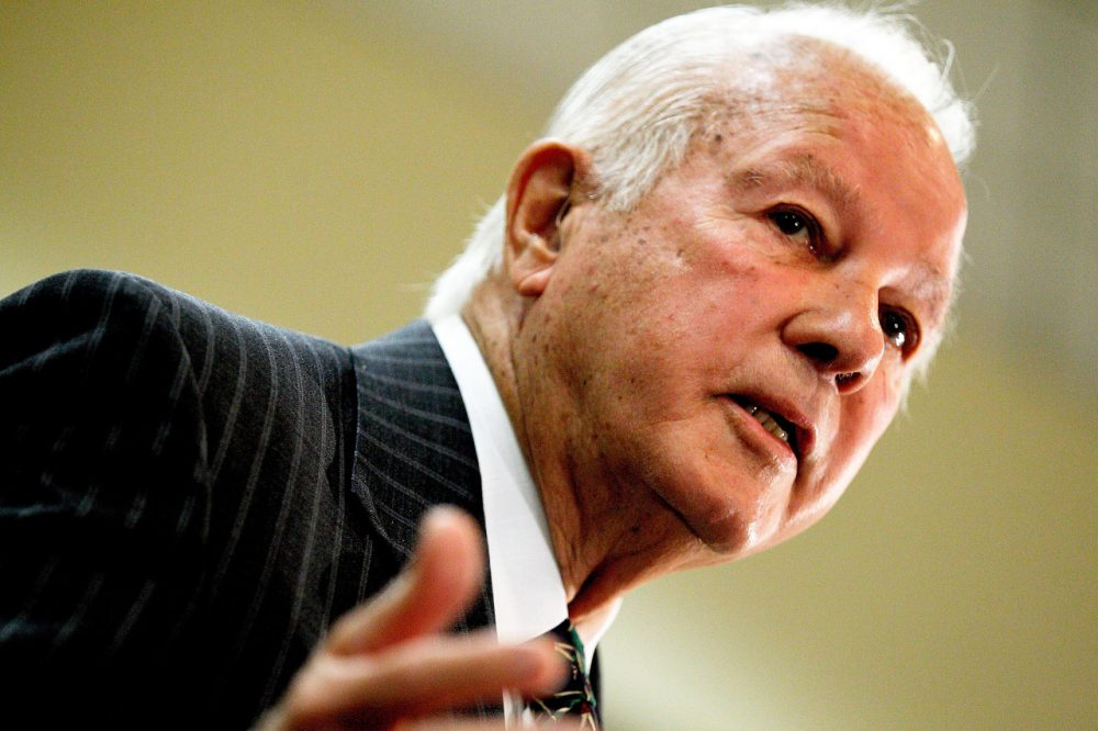 BATON ROUGE, LA - MARCH 17:  Former Louisiana Gov. Edwin Edwards, 86, announces his run for U.S. Congress at the Belle of Baton Rouge Hotel on March 17, 2014 in Baton Rouge, Louisiana. Edwards spent eight years in prision following a felony conviction arising from the licensing of riverboat casinos in his fourth term as Governor. (Photo by Sean Gardner/Getty Images)
