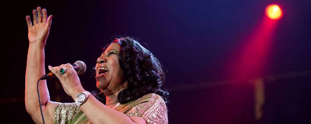 Aretha Franklin performs at a concert in 2013. (Charles Sykes/Invision/AP)