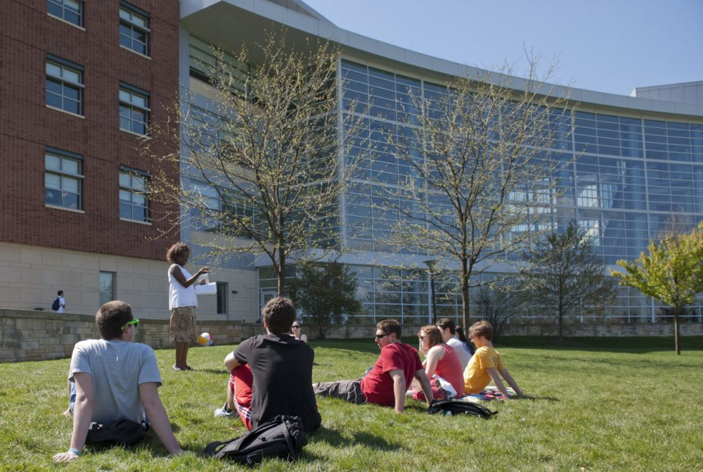 Students meet outside for a business class at Penn State University's Smeal College of Business (pennstate/Flickr)