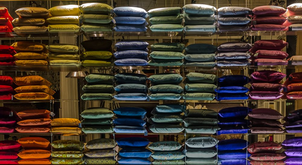 Although product proliferation holds out the allure of infinite choice, it often creates more confusion and frustration than it does pleasure. (Art Bochevarov/flickr)