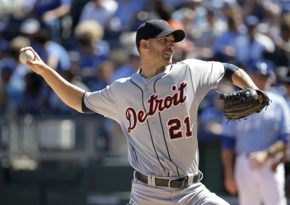 Detroit Tigers starting pitcher Rick Porcello throws during the first inning of a baseball game against the Kansas City Royals in September. (Charlie Riedel/AP)