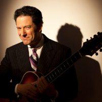 Jazz-singing guitarist John Pizzarelli is appearing at the Bull Run on Dec. 14. (Courtesy Katz)