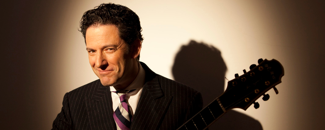 Jazz-singing guitarist John Pizzarelli is appearing at the Bull Run on Dec. 14. (Courtesy Katz)
