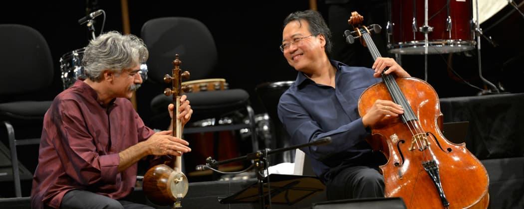 Kayhan Kalhor playing the kamancheh with Yo-Yo Ma during a Silk Road Ensemble concert in Izmir, Turkey (Aykut Usletekin/International Izmir Festival)