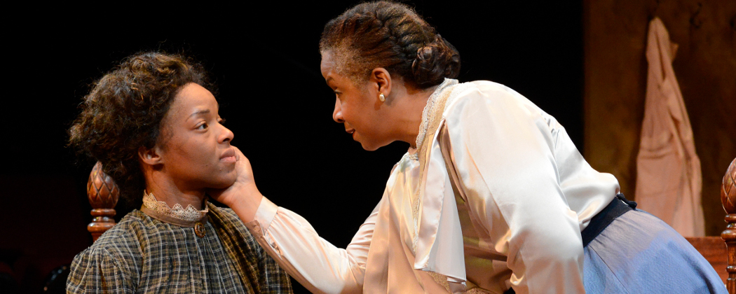 "Lindsey McWhorter and Cheryl D. Singleton in ""Intimate Apparel."" (Glenn Perry)"
