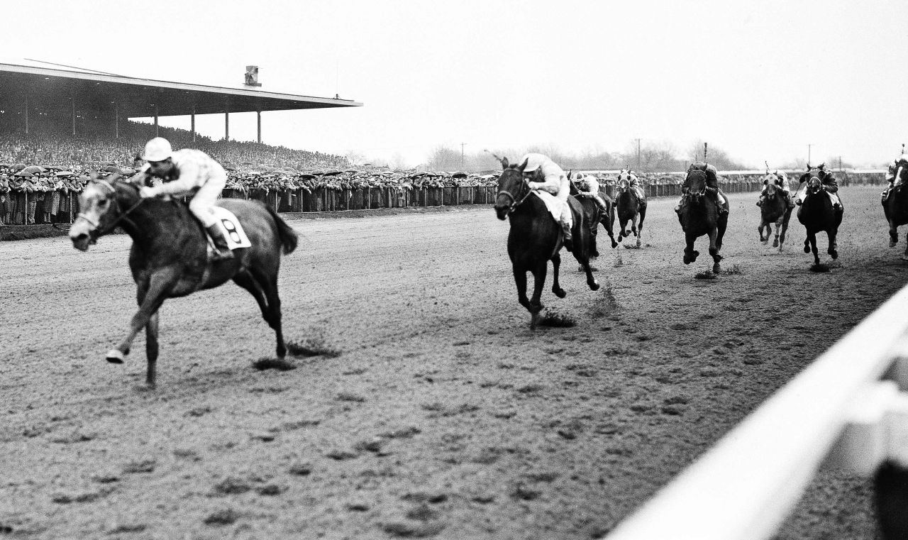"amaica Race Track in New York City was the setting for the column ""Death of a Racehorse"" by W.C. Heinz. (JR/AP)"