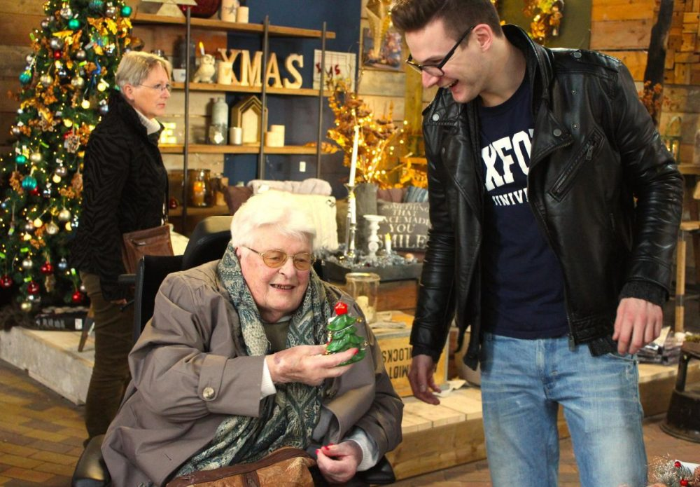 Jurrien Mentink and a resident of Humanitas Retirement Home are pictured at a garden center that sells Christmas decorations. (Courtesy of Jurrien Mentink)