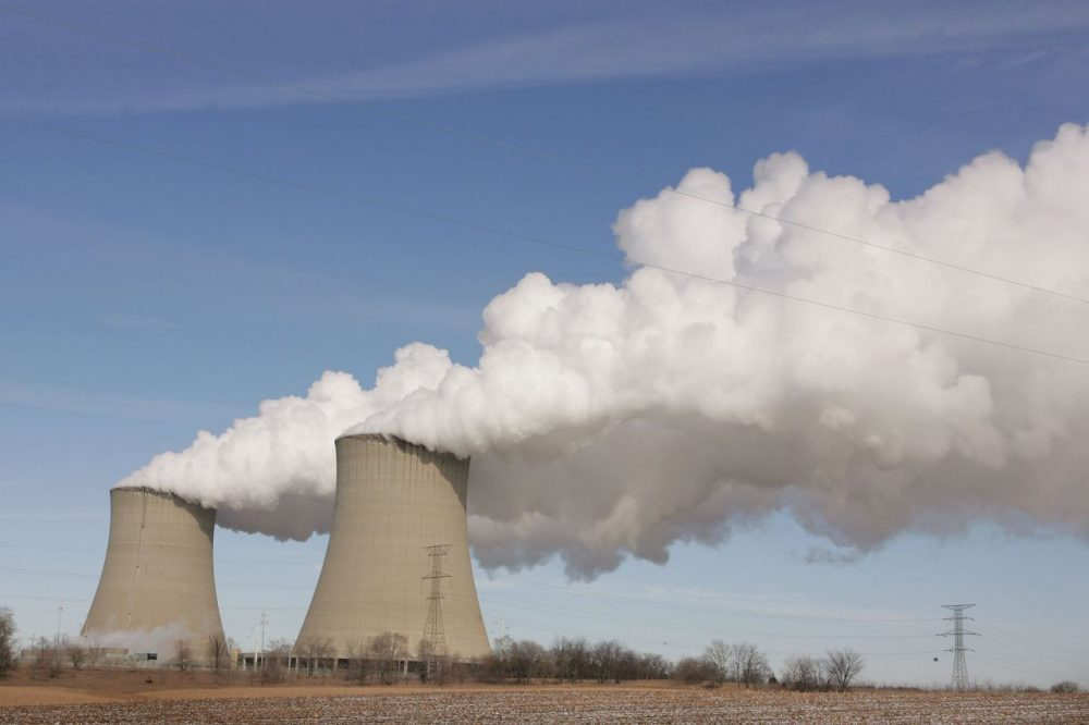 Steam billows from the cooling towers at Exelon's nuclear power generating station February 17, 2006 in Byron, Illinois. (Scott Olson/Getty Images)