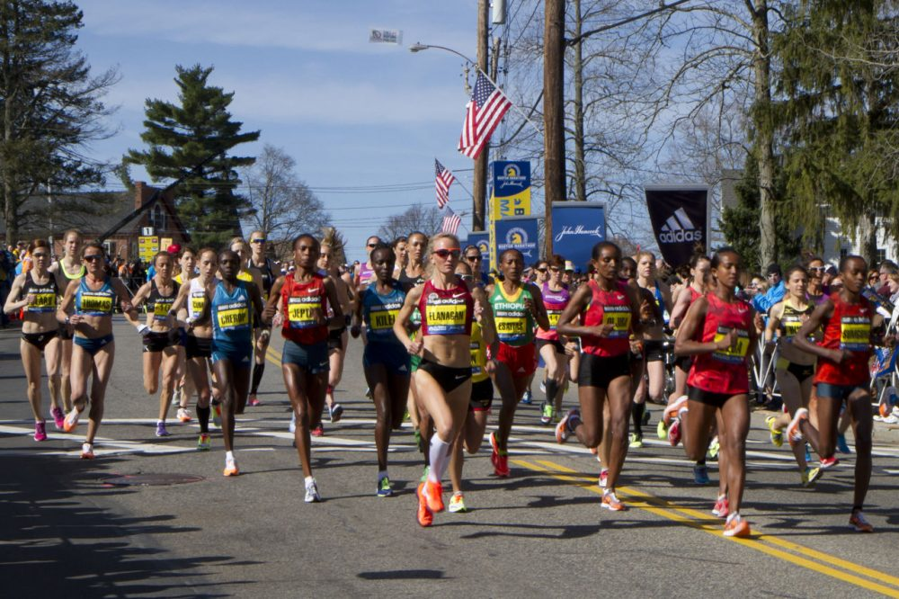 Women elite runners from the 2014 Boston Marathon. (JD/Flickr)