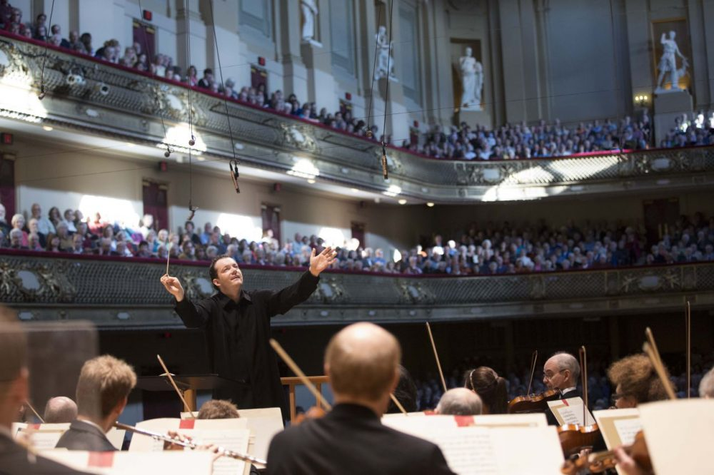 Andris Nelsons conducting the Boston Symphony Orchestra. (Marco Borggreve)