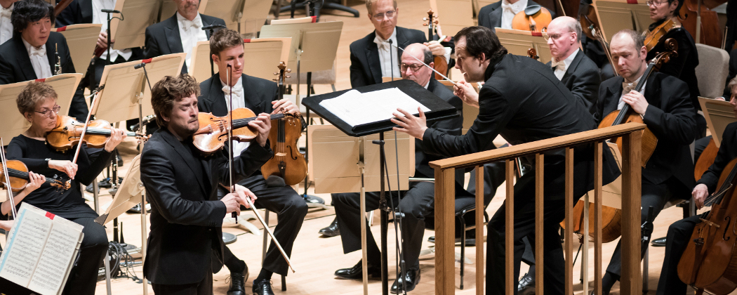 Christian Tetzlaff with Andris Nelsons and the BSO. (Liza Voll)