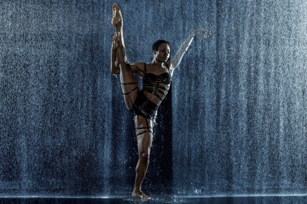 Dancer Ebony Williams performing with the Cedar Lake Contemporary Ballet. (Courtesy Celebrity Series)