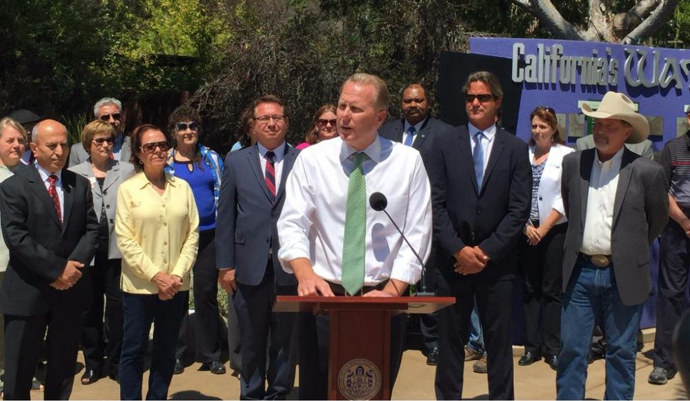 """""""Mayors from the San Diego region joined me to remind residents that we must all work together to conserve water,"""" San Diego Mayor Kevin Faulconcer tweeted today. (Photo via @Kevin_Faulconer)"""