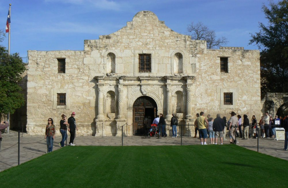 The Alamo is one of the top tourist destinations in San Antonio and Texas as a whole. (p_linehan/Flickr)