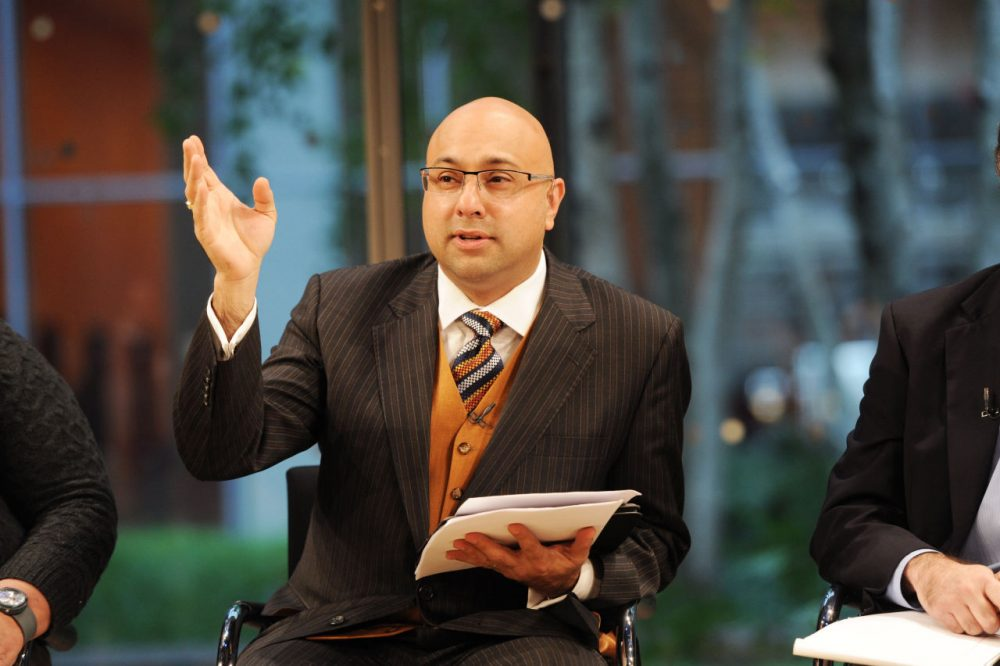 "Ali Velshi, host of ""Ali Velshi on Target"" on Al Jazeera America,  attends the Food Dialogues: New York on Thursday, Nov. 15, 2012 in New York. (Evan Agostini/Invision for USFRA/AP)"