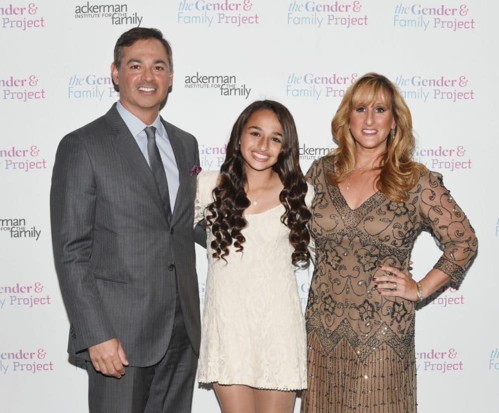 Reality-Show für Teenager-Eltern, Aktfotos einer langbeinigen Frau