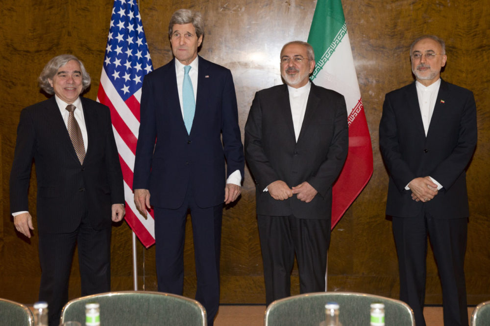 US Secretary of State John Kerry, second left, meets with Iranian Foreign Minister Mohammad Javad Zarif, second right, for a new round of nuclear negotiations on Monday, March 2, 2015, in Montreux, Switzerland.  From left, Secretary of Energy Ernest Moniz, Kerry, Zarif, and Dr. Ali Akbar Salehi, head of Iran's Atomic Energy Organization. (Evan Vucci/AP)