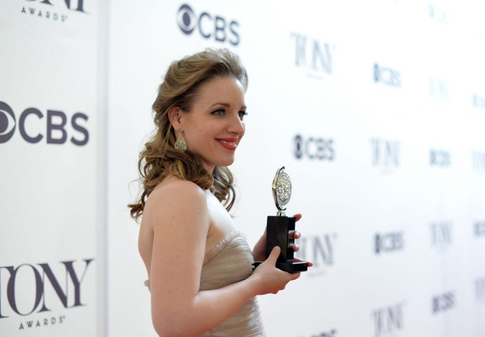 "Jessie Mueller, winner of the award for Best Performance by an Actress in a Leading Role in a Musical for ""Beautiful"",  poses in a press room at the 68th Annual Tony Awards on June 8, 2014 in New York City.  (Mike Coppola/Getty Images for Tony Awards Productions)"
