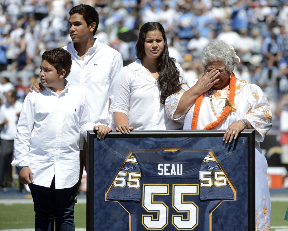 The family of Junior Seau in 2012. (Donald Miralle/Getty Images)