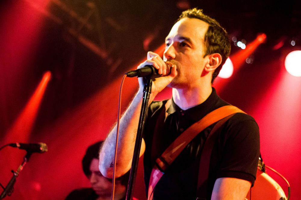 Albert Hammond, Jr. of The Strokes performs at the Double Door in Chicago in 2013. (ericfarias22/ Flickr)