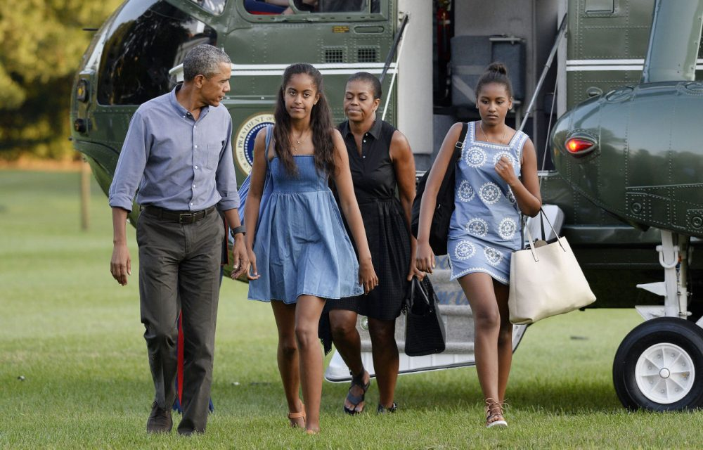 U.S. President Barack Obama, daughters Sasha and Malia and First Lady Michelle Obama arrive at the White House August 23, 2015 in Washington, D.C. The first family was returning from vacationing on Martha's Vineyard. (Olivier Douliery/Getty Images)