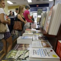 College students shop for books in Ewing Township, N.J. (Mel Evans/AP)