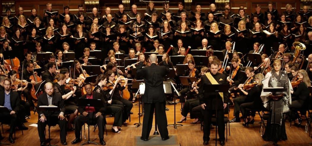Gil Rose conducts Odyssey Opera. (Kathy Wittman)