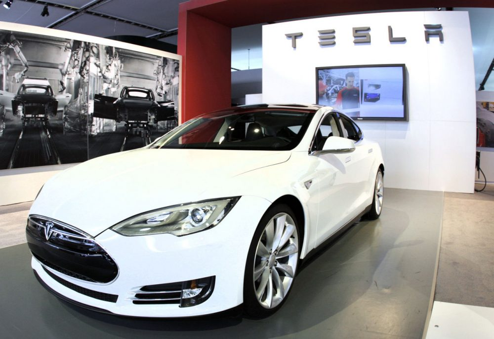 Consumer Reports Withdraws Tesla Recommendation | Here & Now