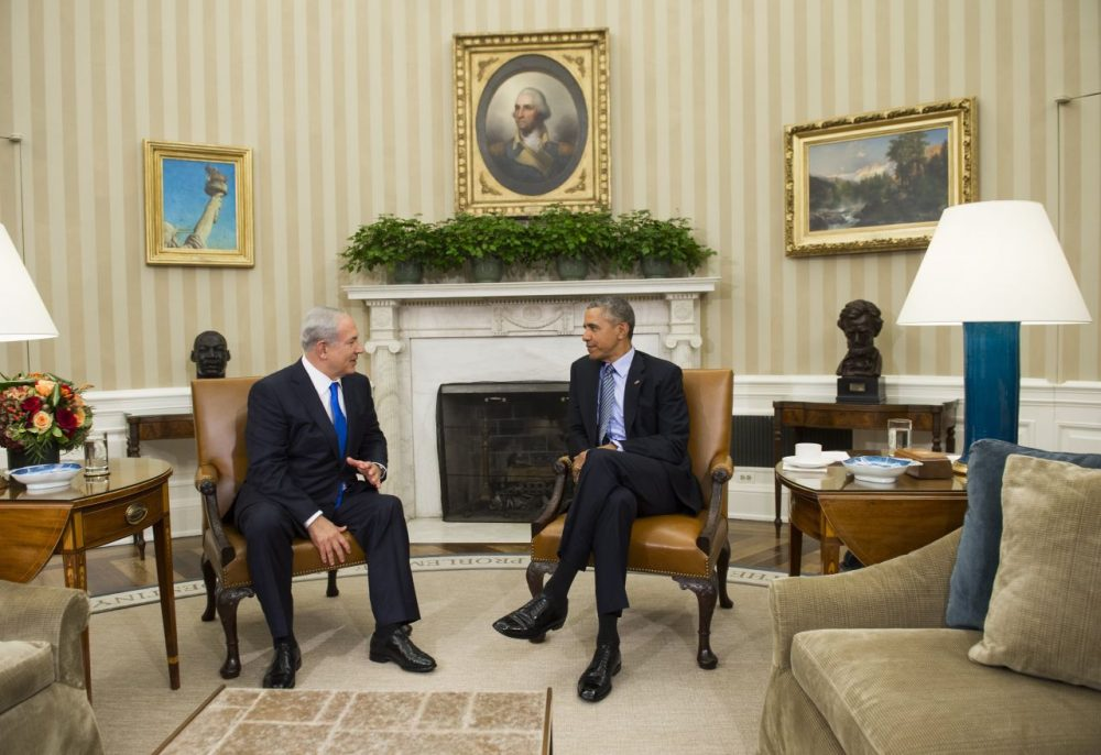 U.S. President Barack Obama (R) and Israeli Prime Minister Benjamin Netanyahu hold a meeting in the Oval Office of the White House in Washington, DC, November 9, 2015. Netanyahu meets Obama in a bid to set aside their frosty personal ties, turn the page on the Iran nuclear deal and talk defense in the first encounter by the two leaders since October 2014.  (Saul Loeb/AFP/Getty Images)