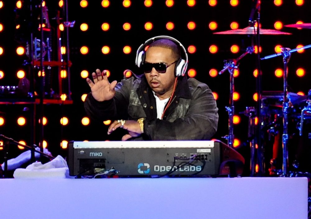 Music producer and singer Tim Mosley, aka Timbaland, performs at the Pepsi Fan Jam Super Bowl Concert on South Beach, Thursday, Feb. 4, 2010 in Miami Beach, Florida. (Evan Agostini/AP)