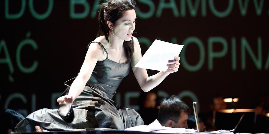 "Barbara Wysocka in ""Chopin Without Piano."" (Natalia Kabanow/ArtsEmerson)"