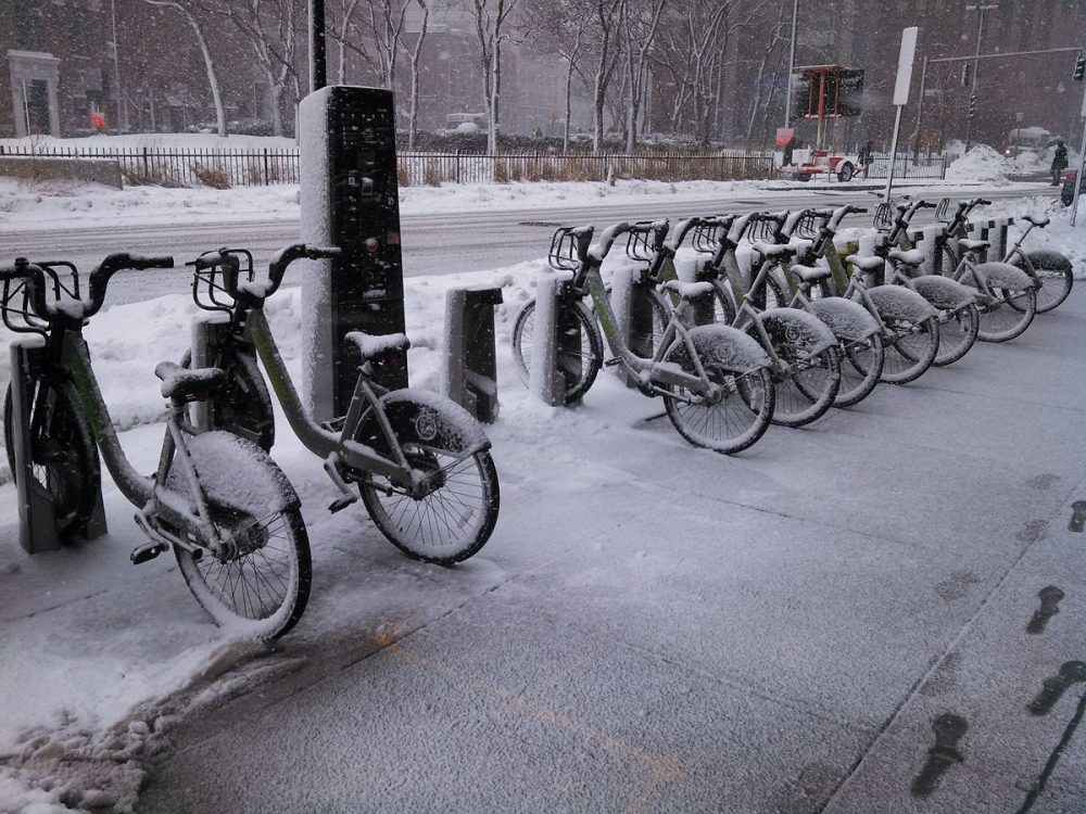 A Hubway station in East Cambridge. (John Phelan/Wikimedia Commons)