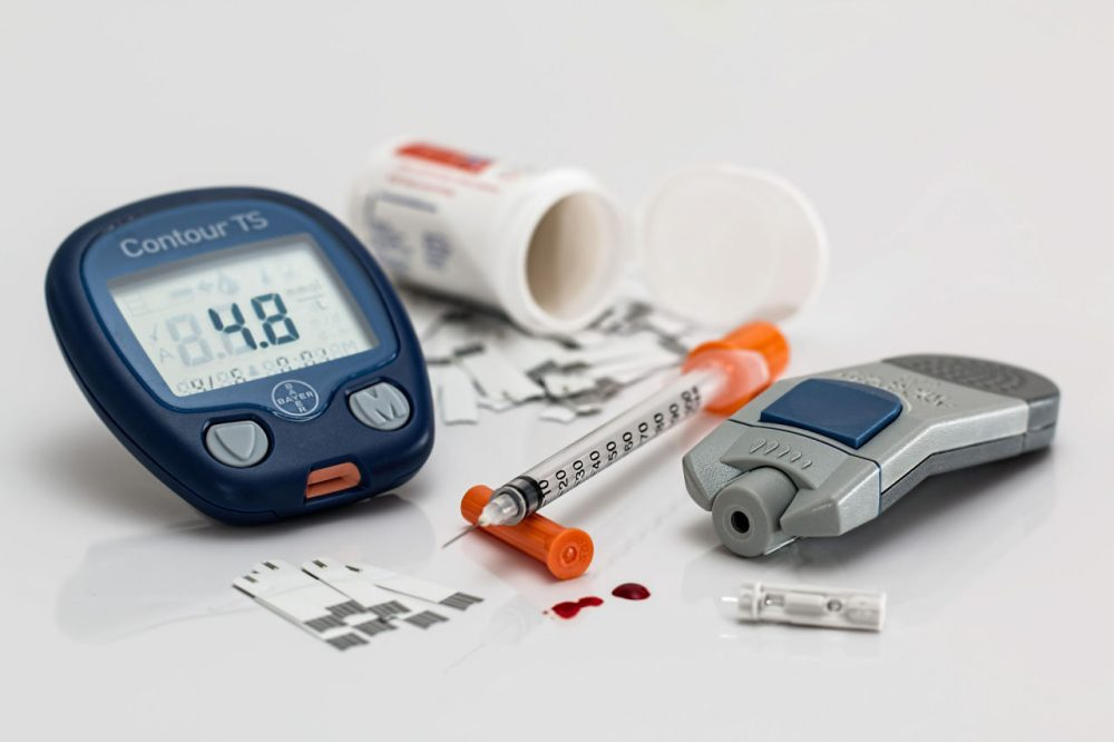 Diabetes testing kit (Courtesy of Pixabay)