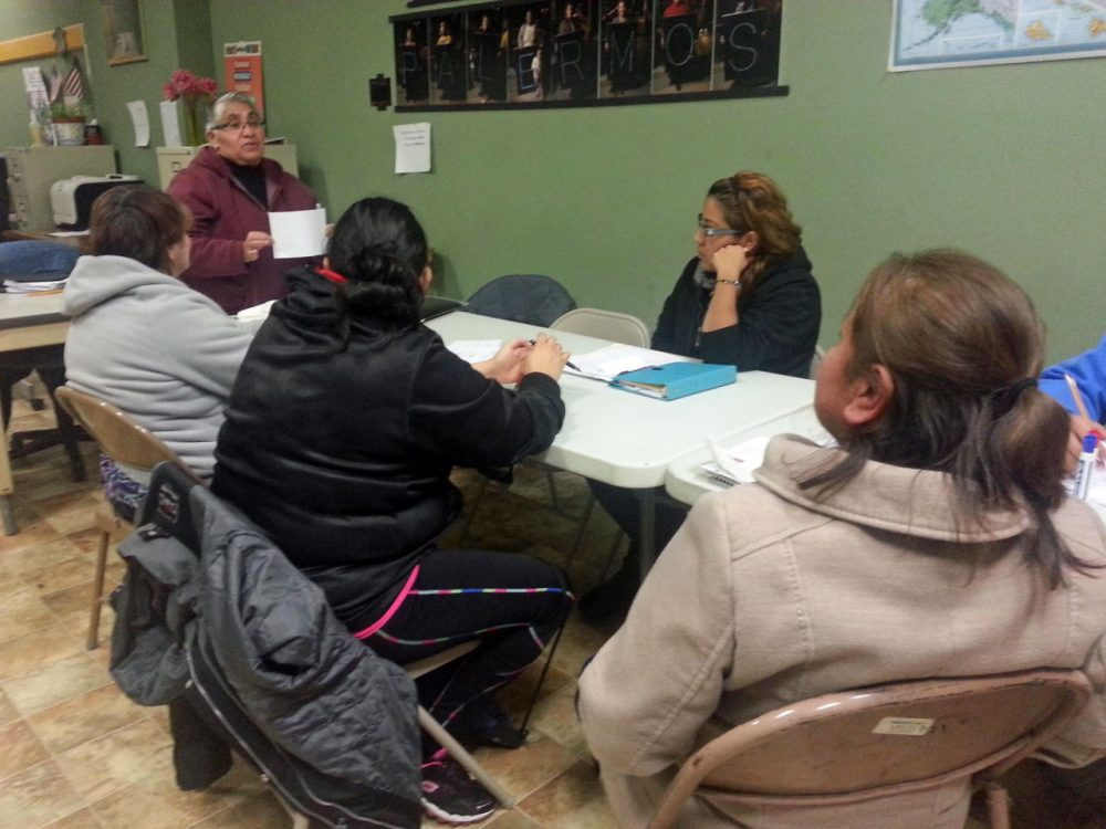 A citizenship class in Milwaukee, Wisconsin. (Marti Mikkelson/WUWM)