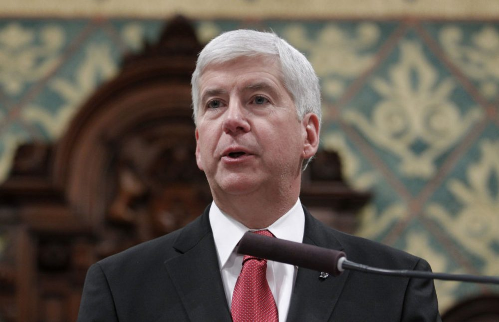 Michigan Gov. Rick Snyder delivers his State of the State address to a joint session of the House and Senate, Tuesday, Jan. 19, 2016, at the state Capitol in Lansing, Michigan. (Al Goldis/AP)