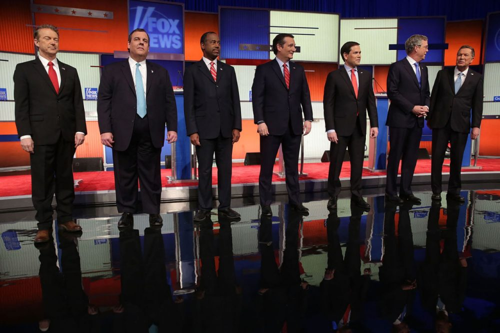 From left: Republican presidential candidates Sen. Rand Paul (R-KY), New Jersey Gov, Chris Christie, Ben Carson, Sen. Ted Cruz (R-TX), Sen. Marco Rubio (R-FL), Jeb Bush and Ohio Gov. John Kasich pose for photographers prior to the Fox News - Google GOP Debate January 28, 2016 at the Iowa Events Center in Des Moines, Iowa. Donald Trump, who is leading most polls in the state, decided not to participate in the debate. (Alex Wong/Getty Images)