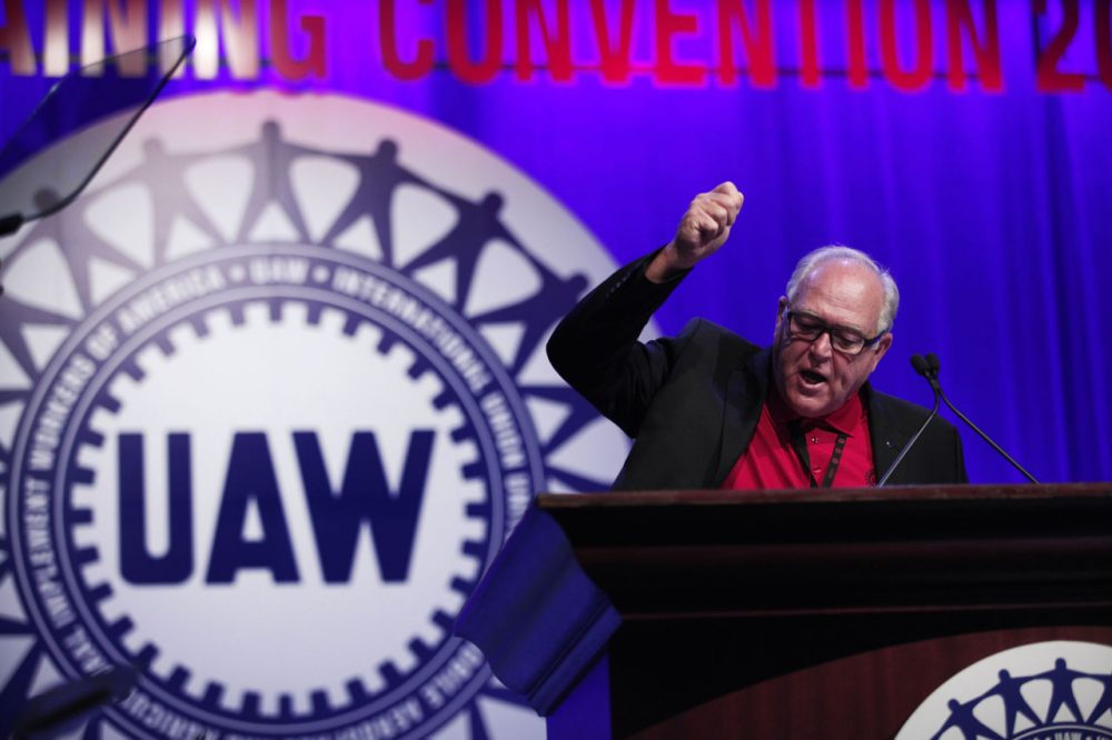 United Auto Workers President Dennis Williams speaks to delegates at the UAW Special Convention on Collective Bargaining at Cobo Center March 25, 2015 in Detroit, Michigan. The Special Convention is held every four years. Approximately 900 delegates from UAW unions in the U.S. and Canada attended the event. (Bill Pugliano/Getty Images)