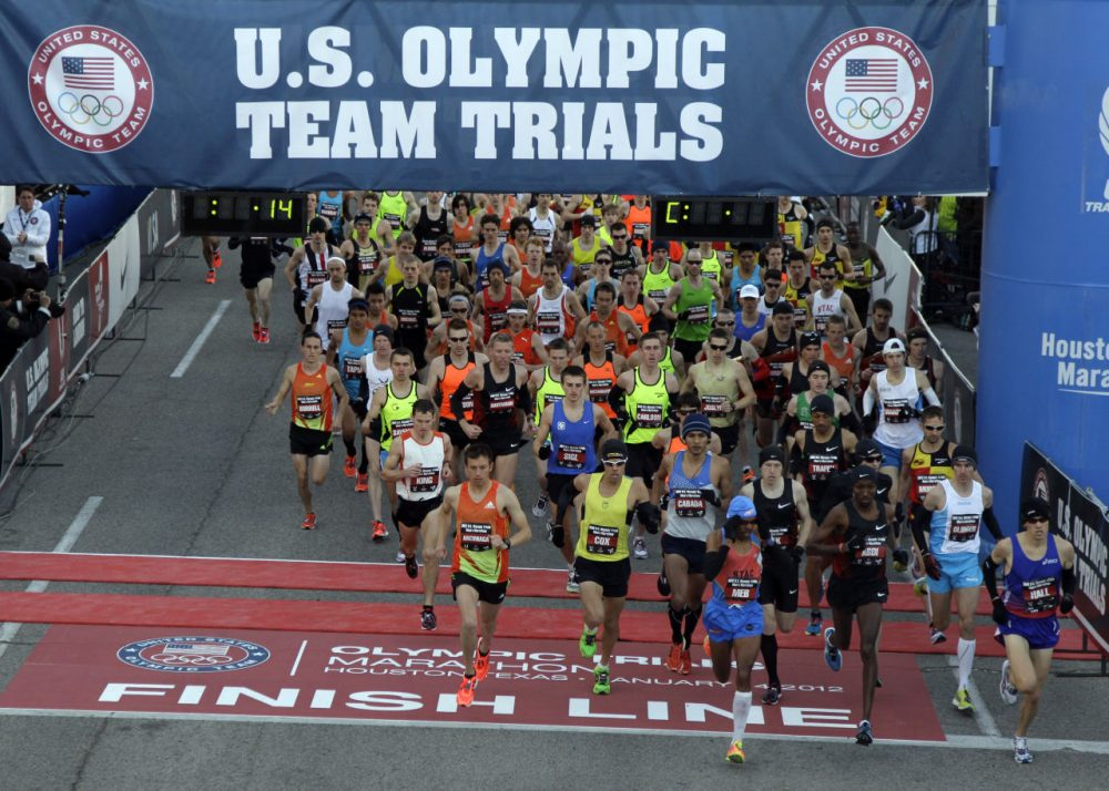 The U.S. is one of the few countries that picks its Olympic marathon team from the results of a single race. Pictured here, runners start the U.S. Olympic Trials Marathon in Houston in 2012. (David J. Phillip/AP)