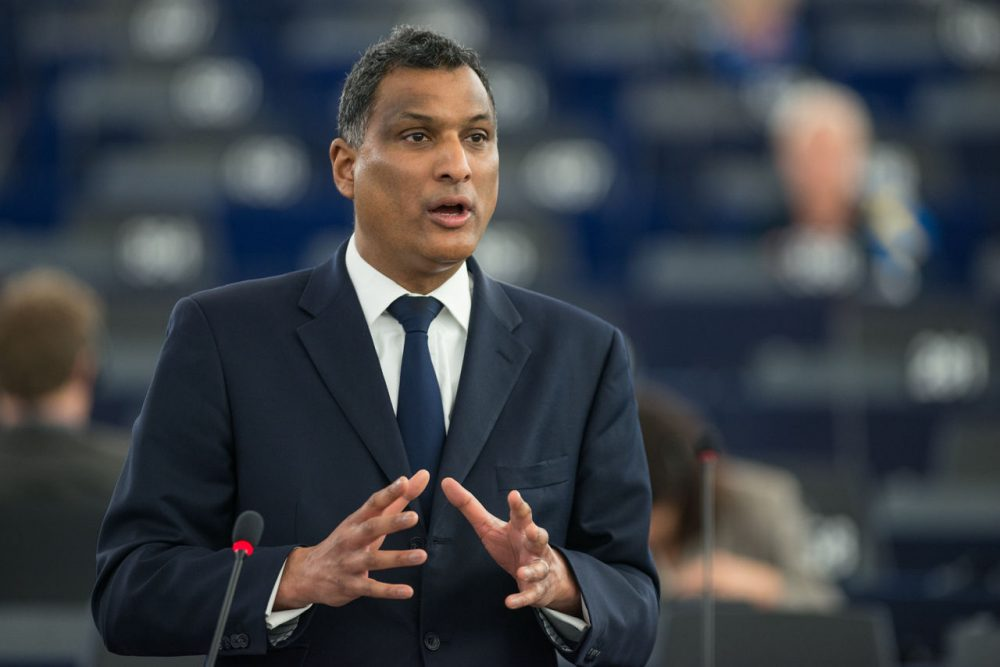 Syed Kamall speaks at the Plenary debate on the latest tragedies in the Mediterranean and EU migration and asylum policies on April 19, 2015. (European Parliament/Flickr)