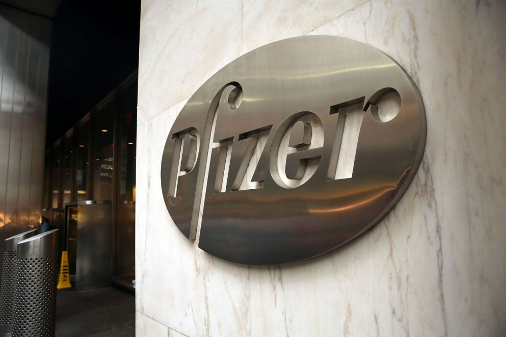Pfizer's corporate headquarters stand in midtown Manhattan on November 12, 2015 in New York City. (Spencer Platt/Getty Images)