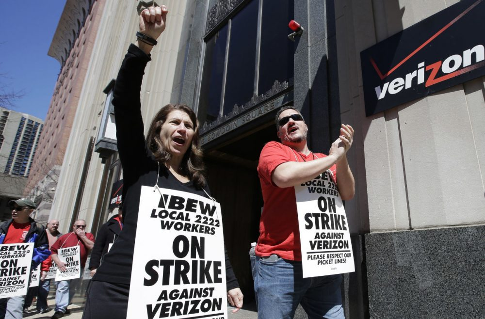 Hundreds of Verizon workers strike outside of the telecommunications company's Brooklyn offices on April 13, 2016 in New York City. Across the nation nearly 40,000 Verizon workers with the Communications Workers of America (CWA) and the International Brotherhood of Electrical Workers (IBEW) walked off their jobs Wednesday demanding a new contract. The workers' contract expired in August, and Verizon management has yet to negotiate a new one citing issues with health care expenses for its retired and current employees. (Spencer Platt/Getty Images)