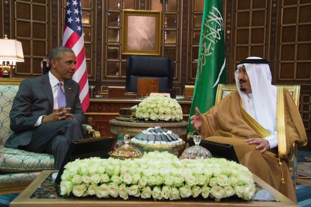 US President Barack Obama (L) speaks with King Salman bin Abdulaziz al-Saud of Saudi Arabia at Erga Palace in Riyadh, on April 20, 2016. Obama arrived in Saudi Arabia for a two-day visit hoping to ease tensions with Riyadh and intensify the fight against jihadists. (JIM WATSON/AFP/Getty Images)